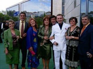 Amigos y familia en la boda