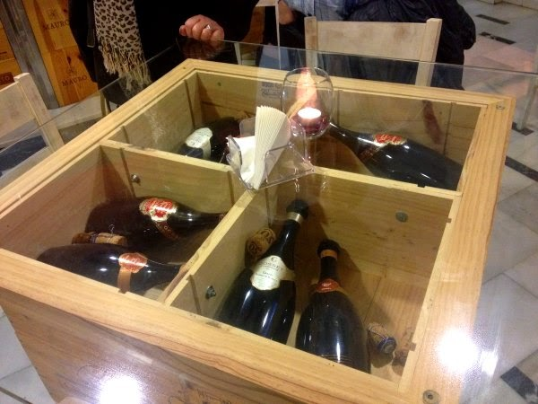 Bistro Vinos Suiza