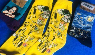 Calcetines con obras de arte