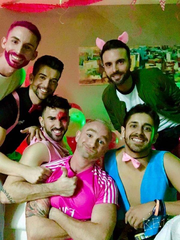 Amigos gays