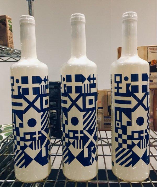 Botellas con banderas marineras