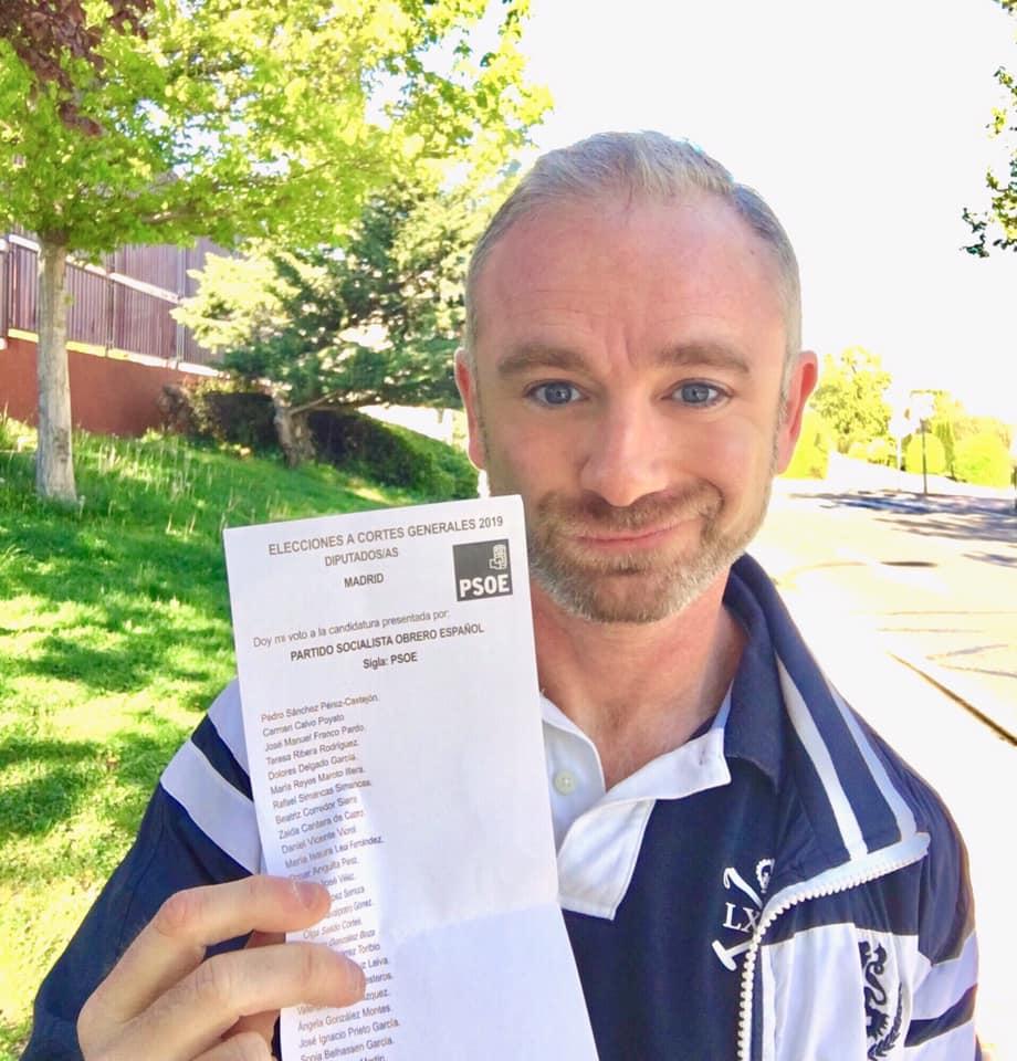 Yo votando al PSOE